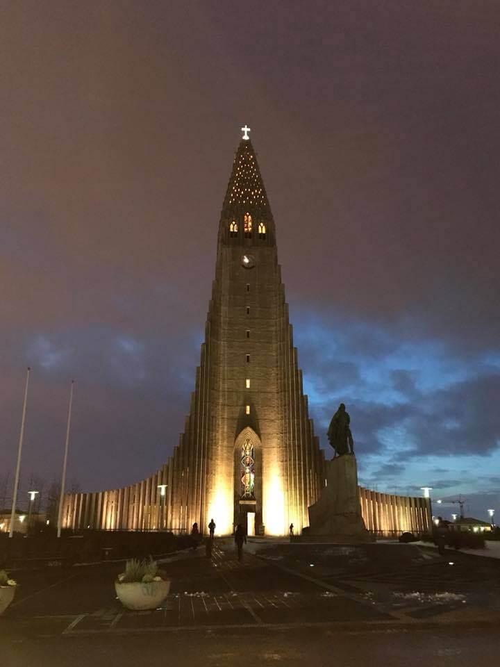 Hallgrimskirkja, Reykjavík Iceland in darkness   Seeing the Northern Lights in Iceland   bucketlistmylife.com